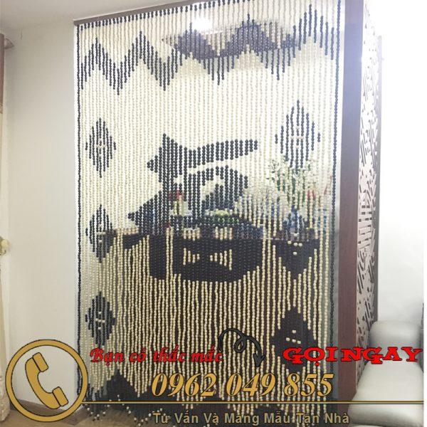 Mẫu rèm hạt gỗ chữ phúc 6 trám, sóng trên chân lệch phù hợp cho không gian thờ cúng